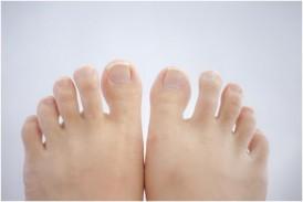 巻き爪の痛みから解放 おすすめ「幸せの爪切り」で食い込み部分をカット!