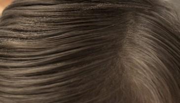 男性でも使用できる!黒髪スカルププロの香りとは?白髪にも自然由来成分が浸透