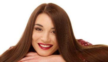 黒髪の地肌や分け目が目立つ時に 髪の毛-10歳を目指す女性用育毛剤