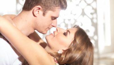 なぜ?キスや面接の緊張と口臭との関係!よくわかる臭い対策