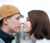 タバコやコーヒーの口臭を消す方法と飲み物!デート時にキスで嫌われないための徹底ケア